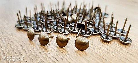 Galantéria - Čalúnícky nit - Bronz - 11x14 mm - 12928624_