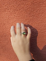 Prstene - Prsteň s peridotom - 12929603_