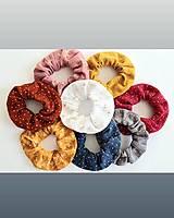 Ozdoby do vlasov - Gumička do vlasov - SCRUNCHIE (rôzne farby) - 12933721_
