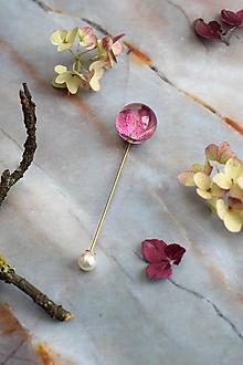 Odznaky/Brošne - Zápich na klopu Hortenzia červená gulička 2968 A - 12931306_