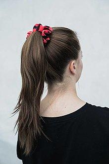 Ozdoby do vlasov - Gumička (Červeno-čierna) - 12933681_