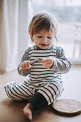 Detské oblečenie - Pásikavé lacláče - 12931883_