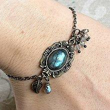 Náramky - Boho Labradorite Bronze Leaf Bracelet / Vintage náramok s labradoritom v bronzovom prevedení - 12937542_