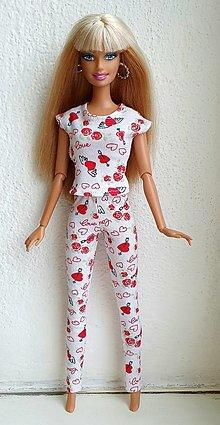 Hračky - Srdiečkové tričko+legíny pre Barbie - 12940455_