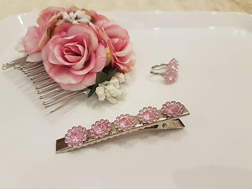 Diamantové kvietky ružové