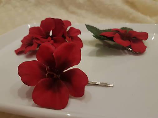 Red love  - sponka