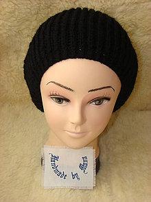 Čiapky - Ručne pletená čiapka / baretka / čierna - 12945372_