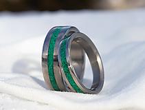 Prstene - Titanové obrúčky s malachtom - 12949480_