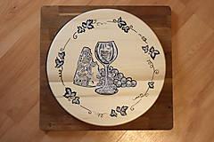 Pomôcky - Servírovací ručne maľovaný otočný podnos pre milovníkov vína. - 12947275_