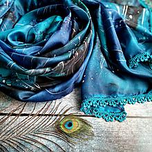 Šály - Slzy modrých pávů - maľovaný hodvábny šál - 12953773_