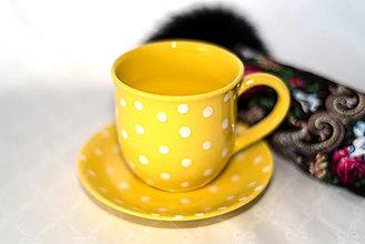 Nádoby - Žltý hrnček s podšálkou - 12957201_
