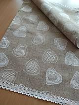 Úžitkový textil - Štóla srdiečka na hnedom - 12957164_