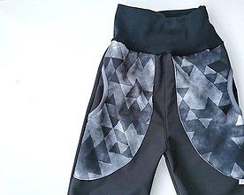 """Detské oblečenie - Softshellové nohavice """"black&triangles"""" - 12957265_"""