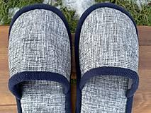 Obuv - Šedé papuče s tmavomodrým lemom - 12956113_