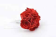 Kytice pre nevestu - Saténová kytica červená ruže malá - 12958488_