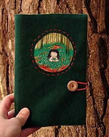 Papiernictvo - Kožuch/obal na knihu: s n e ž i e n k y - 12966315_