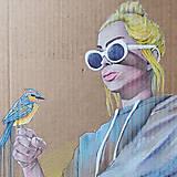 Grafika - Girl with a bird grafika - 12968343_