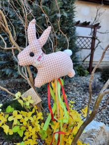 Dekorácie - Zajac na paličke - 12973134_