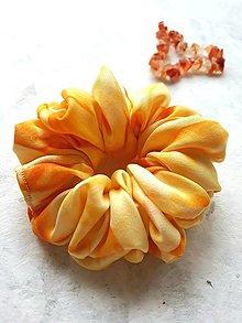 """Ozdoby do vlasov - Hodvábna gumička do vlasov -""""Oranžová-žlto-zlatá"""" - 12971881_"""
