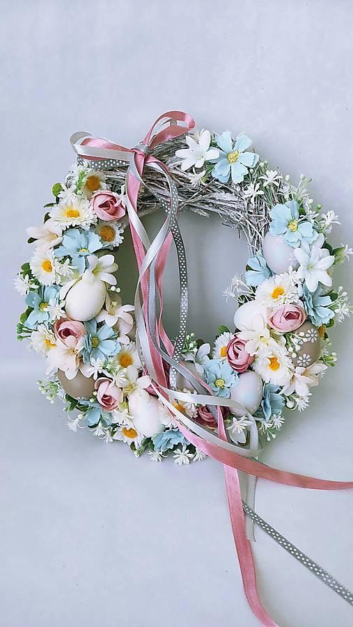 Dekorácie - Veľkonočný veniec pastelový - 12974051_