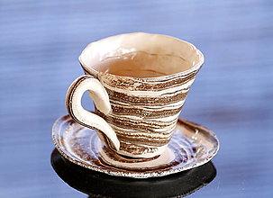 Nádoby - Keramická šálka modelovaná150ml-170ml - 12976639_