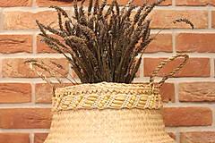 Dekorácie - Košík z morskej trávy s macramé opaskom - 12977726_