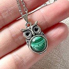 Náhrdelníky - Vintage Malachite Owl Necklace / Vintage náhrdelník s malachitom a sovou - 12985456_