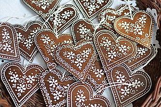 Dekorácie - Ľudové maľované srdiečka - 12987014_