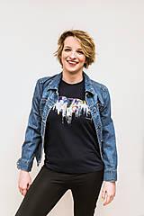 Tričká - Unisex tmavomodré maľované tričko s abstraktným vzorom - 12988030_