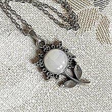 Náhrdelníky - ZĽAVA 75% Flower Moonstone Pendant / Prívesok s mesačným kameňom - 12993275_