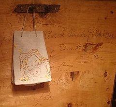"Úžitkový textil - ľanové vrecúško na bylinky ""Čarovník-Ľubovník"" - 12994363_"