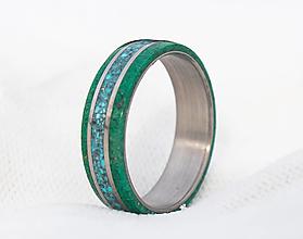 Prstene - Titanový prsteň s tyrkysom a malachitom - 13001066_