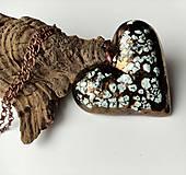 Náhrdelníky - Keramický šperk Srdce výrazné - 13002202_