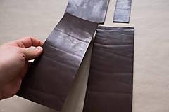 Suroviny - Zbytková hladenica väzy tmavohnedá lesklá 2–2,5 mm - 13002811_