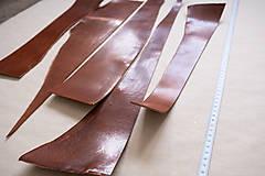 Suroviny - Zbytková hladenica väzy karamelová lesklá 2–2,5 mm - 13003281_