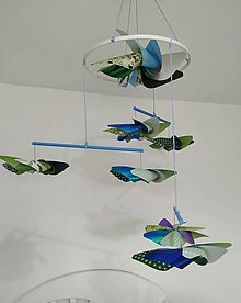 Hračky - montessori závesné  modro zelené vrtule pre bábätko - 13002211_