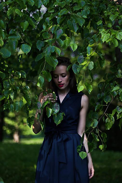 Šaty - MONA, letní verze bez rukávů, indigo modrá - 13013291_