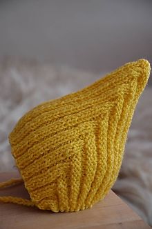Detské čiapky - Pletená čiapka Retro NOVORODENECKÁ (Žltá, akryl) - 13013167_