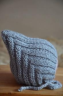 Detské čiapky - Pletená čiapka Retro NOVORODENECKÁ (Sivá, jemná vlna) - 13015364_