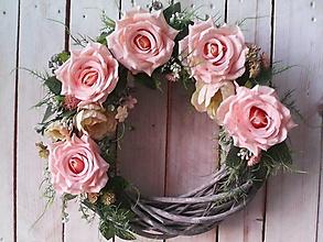 Dekorácie - Veniec na dvere ... ruže pre Teba... - 13017479_