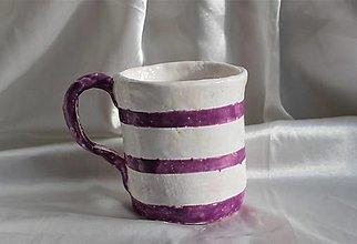 Nádoby - Bielo-fialová keramická šálka - 13020138_