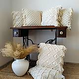Úžitkový textil - Macramé vankúš - 13021510_