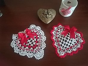Dekorácie - Háčkované srdiečko nielen Valentínske - 13027044_