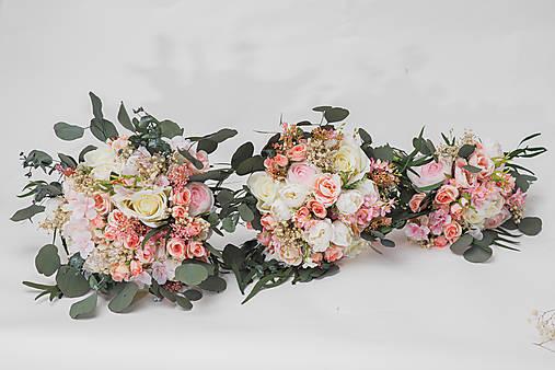 """Svadobné kytice """"bozkom splň mi sen"""""""