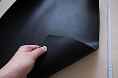 Suroviny - Zbytková hladenica čierna 3mm (väčšie kusy) - 13028090_