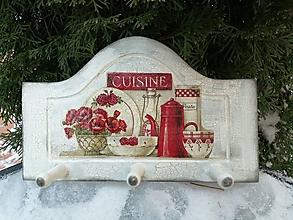 Nábytok - červená kuchyňa - 13026524_