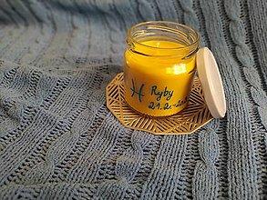 Svietidlá a sviečky - Sójová sviečka v zaváraninovom pohári so znamením - 13032023_