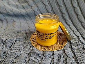Svietidlá a sviečky - Sójová sviečka v zaváraninovom pohári s citátom - 13032128_