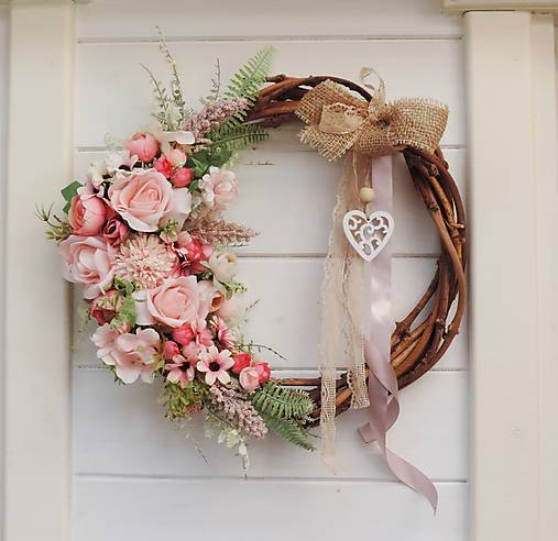 Dekorácie - Jarný veniec na dvere - 13036051_