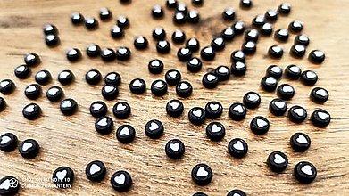 Korálky - Korálka srdiečko 4x7 mm (Čierno-biela) - 13038080_